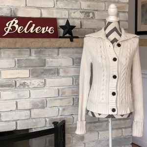 GAP Cable Knit Button Front Cardigan Sz Medium